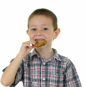 kid cookies © Paul Moore - Fotolia.com