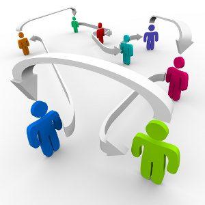 L'importanza sociale dei pettegolezzi. Immagine: © iQoncept - Fotolia.com -