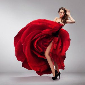 426efe20c1c8 Vestita di Rosso   più interessata al Sesso  (agli occhi degli uomini) -