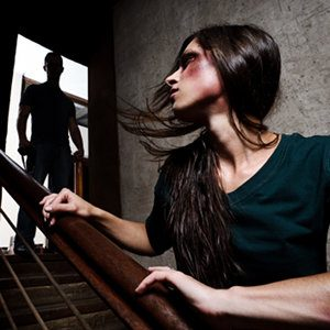 Donne che non lasciano il partner violento. - Immagine: © Warren Goldswain - Fotolia.com