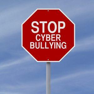 I nuovi media e il rischio del cyberbullismo- quali segnali?. -Immagine:© rnl - Fotolia.com