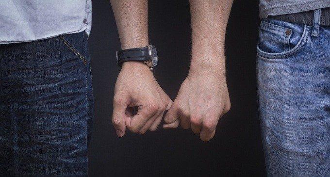 Omosessualità: perchè le Terapie Riparative sono inutili (e dannose)