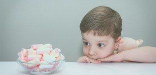 Anche i più piccoli sono capaci di resistere alle tentazioni? Il Marshmallow test