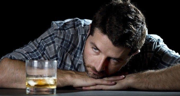 Alcol, gioco d'azzardo e dipendenza