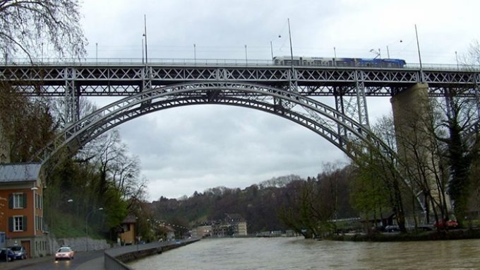 Le reti di Berna: prevenire il rischio di suicidio intervenendo sul contesto