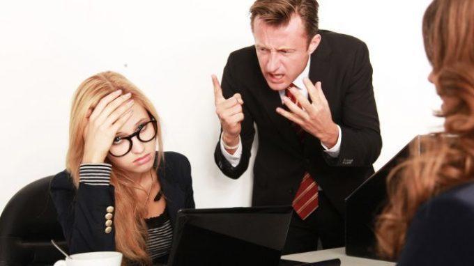 Ansia in ufficio? Il rischio di essere vittima di mobbing è in agguato!