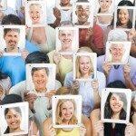 Come cambia la nostra attenzione all'interno dei contesti sociali - Immagini: 61011674
