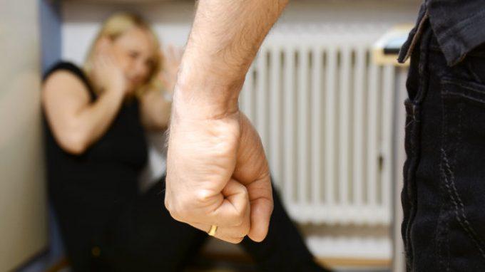 Violenza sessuale: i familiari di autori di reati sessuali sono anch'essi più inclini a commettere reati simili