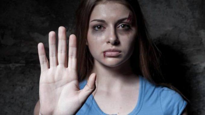 Le donne vittime di violenza domestica più a rischio di problemi mentali?