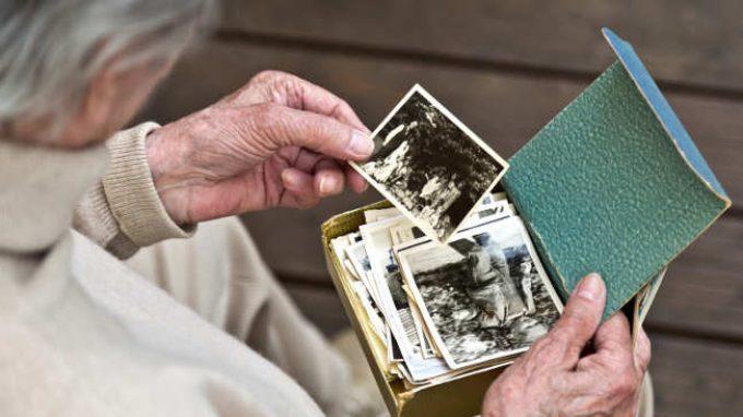Alzheimer e suicidio assistito: togliersi la vita prima che sia la malattia a farlo