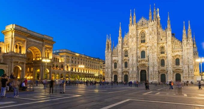 Milano tra tradizione e innovazione, tra libertà e violenze