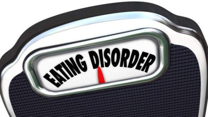 La terapia cognitivo comportamentale migliorata (CBT-E) è più efficace della terapia interpersonale nel trattamento dei disturbi alimentari