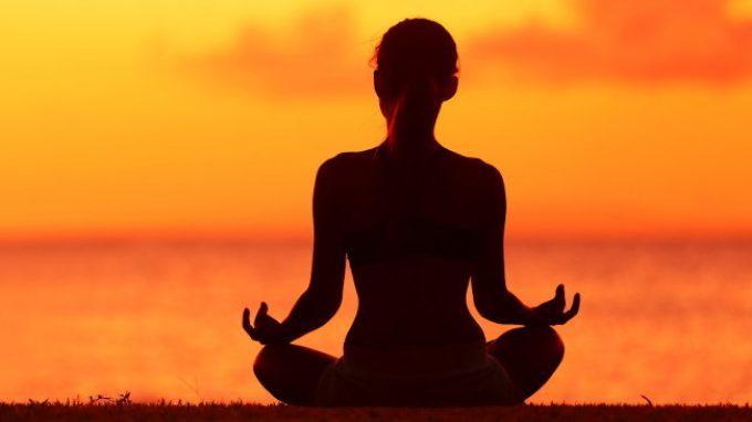 Accettazione e mindfulness: guardare le cose dal lato sbagliato del cannocchiale è sempre una buona soluzione?
