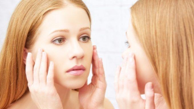 Davanti allo specchio: il disturbo di dismorfismo corporeo