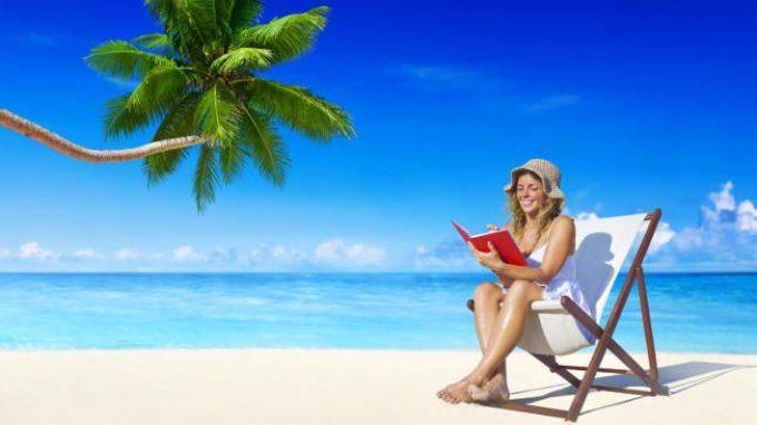 La psicologia va in vacanza: i consigli per l'estate di libri e film – Rubrica