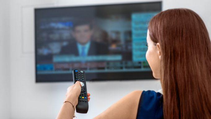 Gli effetti dei mass media su di noi: danno o beneficio?