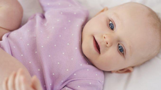Gli estremi contano fin dalla nascita: i neonati sfruttano la prima e l'ultima sillaba per riconoscere le parole