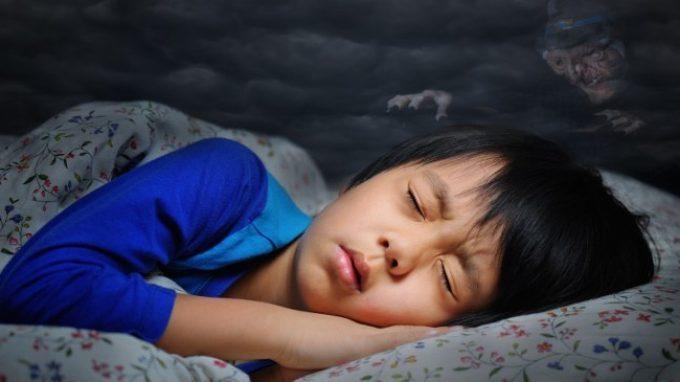 Disturbi del sonno: la paralisi del sonno tra superstizione e realtà