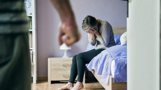 Effetti della violenza domestica su madri e figli: la prospettiva della teoria dell'attaccamento