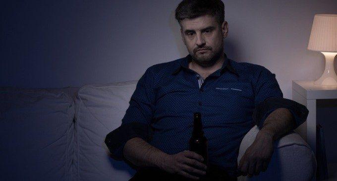 Il legame tra carenza di esercizio fisico e abuso di alcol