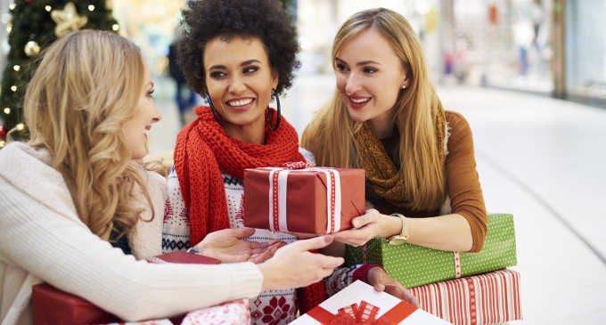 Riciclare regali a Natale si può! (e fa bene a tutti)