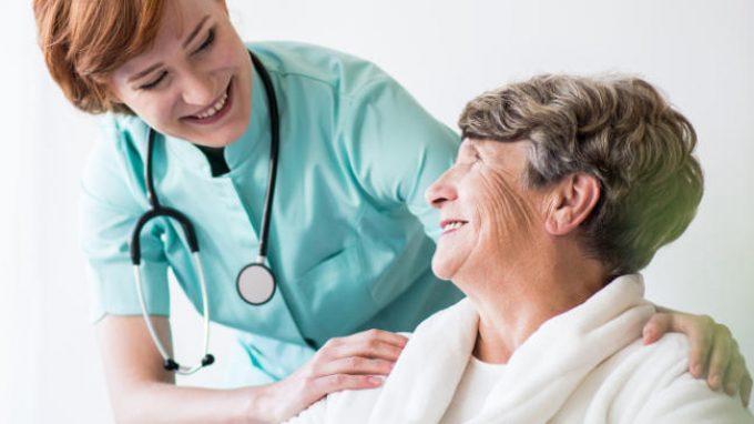 Come l'etnia del paziente cambia il comportamento del medico