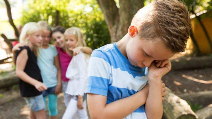 Il bullismo infantile: gli effetti negativi a lungo termine in età adulta