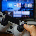 Fotolia_77085636_Il cervello dei videogamer cronici evidenzia una iperconnettività pregio o difetto?