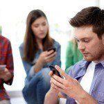 Smartphone che passione…..o che malattia?! La nomofobia - Immagine: 92072113