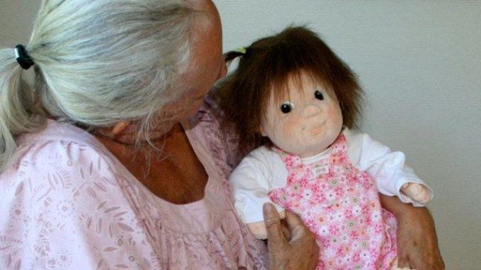Terapia della bambola (Doll Therapy): un aiuto alla persona con demenza