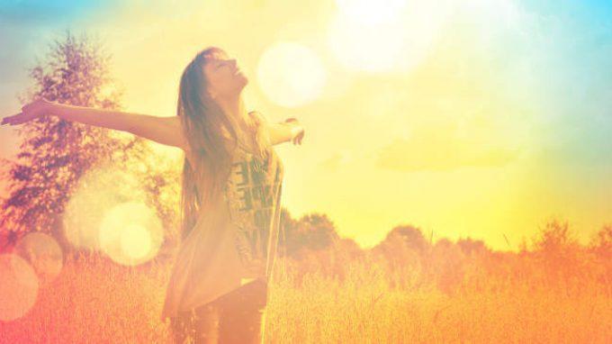 La ricerca della felicità con la riscoperta della sensorialità – Un articolo di Giancarlo Dimaggio