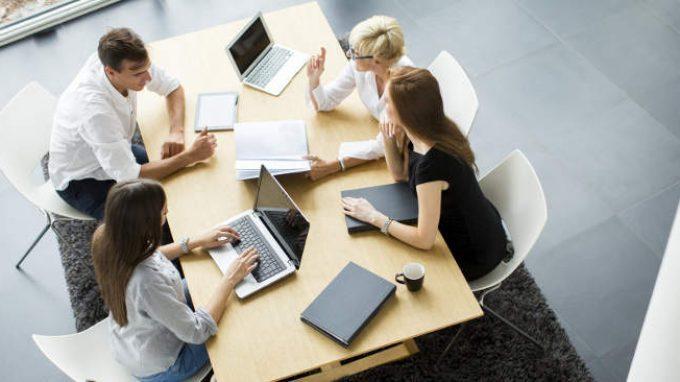 Come sono cambiati nel XXI secolo la carriera lavorativa e il mercato del lavoro