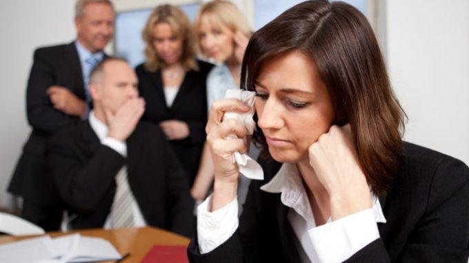 Mobbing sul lavoro: una guida pratica al riconoscimento del problema