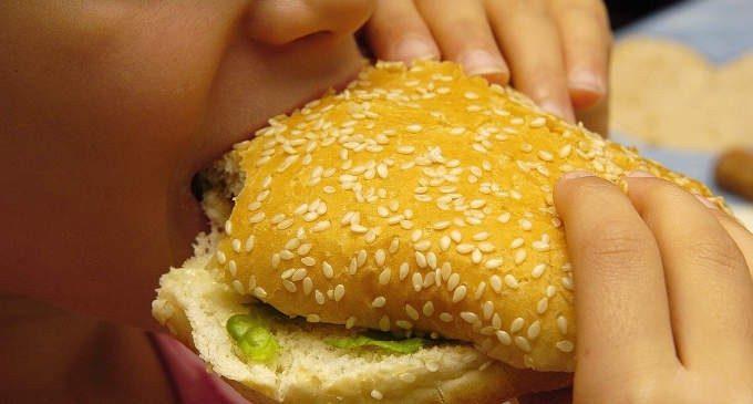 La prevenzione del sovrappeso e dell'obesità infantile: è sufficiente occuparsi dello stile di vita?