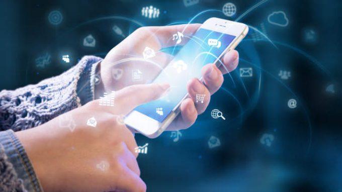 Smartphone e internet: coperta di Linus dei nostri tempi
