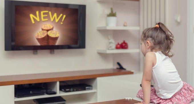 Ingannare i bambini con gli spot pubblicitari: quali strategie vengono utilizzate