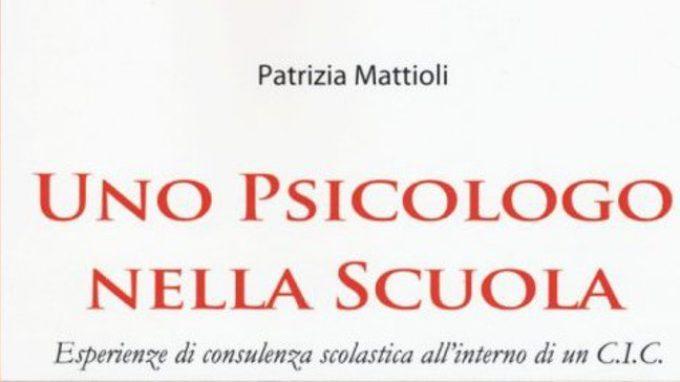 Psicologo nella Scuola. Esperienze di consulenza scolastica all'interno di un C.I.C. (2015) – Recensione