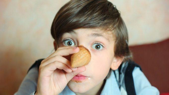 Le bugie dei bambini: i genitori sono davvero in grado di riconoscerle?
