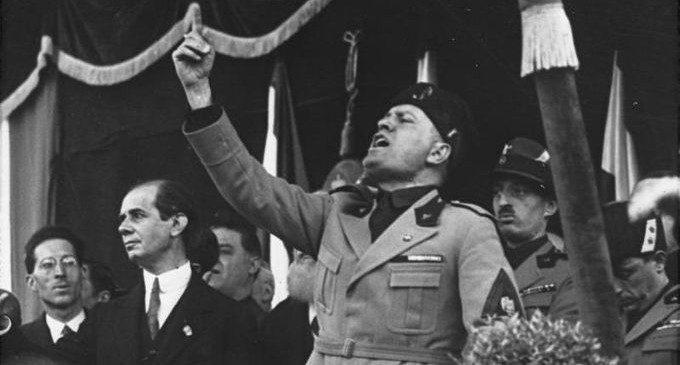 La personalità autoritaria: come l'uomo di destra è diventato un tipo psicologico