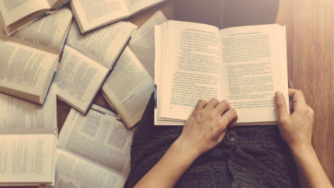 Il ruolo della finzione narrativa e l'impatto sull'empatia