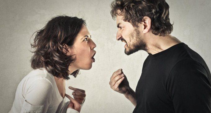 I meccanismi comunicativi che danneggiano coppia e famiglia
