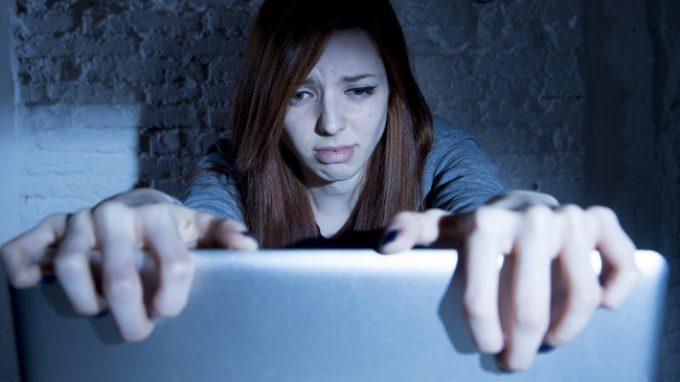 Cyberbullismo e comportamenti a rischio suicidario: esiste un collegamento?