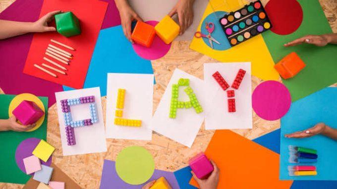 Imparare giocando: le strategie di apprendimento basate sul gioco nel passaggio all'età scolare
