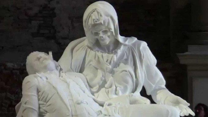 Il Sogno compassionevole di Jan Fabre - Scultura