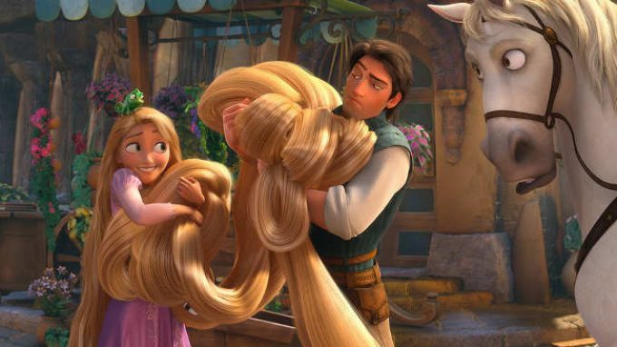 Che cos'è la sindrome di Raperonzolo e perché alcune persone mangiano i propri capelli?