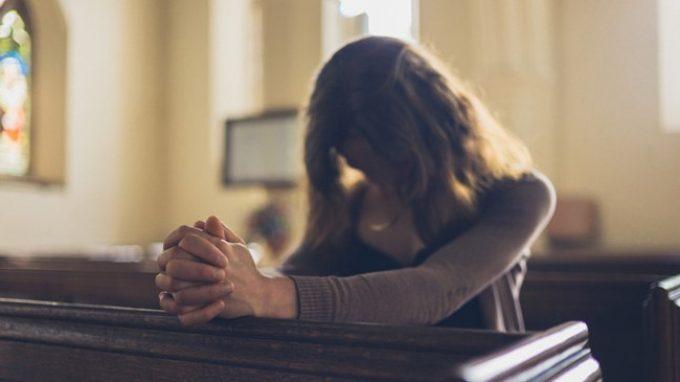 Tra orientamento sessuale non conforme e religione cattolica: un'intervista