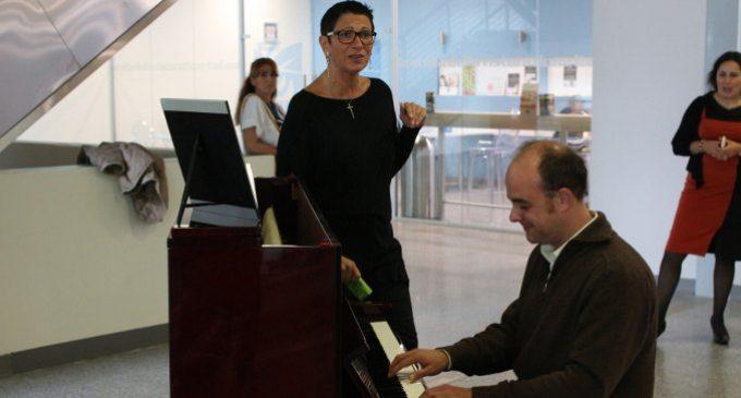 Intervista a Paola Matera, la dottoressa che canta ai malati
