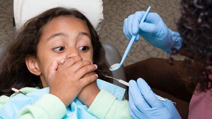 Odontofobia nei bambini: come trattare la paura del dentista nei più piccoli?