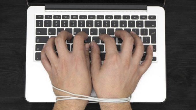 Un nuovo modello per aiutare chi soffre di dipendenza da Internet