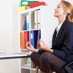 Yoga sempre più diffuso tra i lavoratori: gli effetti benefici